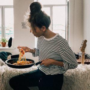 UWAGA, jedzenie pod napięciem! Wyzwanie psychodietetyczne.
